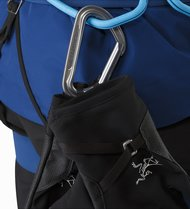 alpha-mx-glove-black-carabiner-loop.jpg
