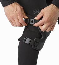 knee-caps-black-adjuster.jpg