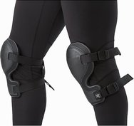 knee-caps-black-fit.jpg